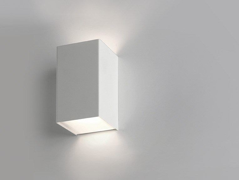 LED metal wall light CUBICK | LED wall light by Cattaneo