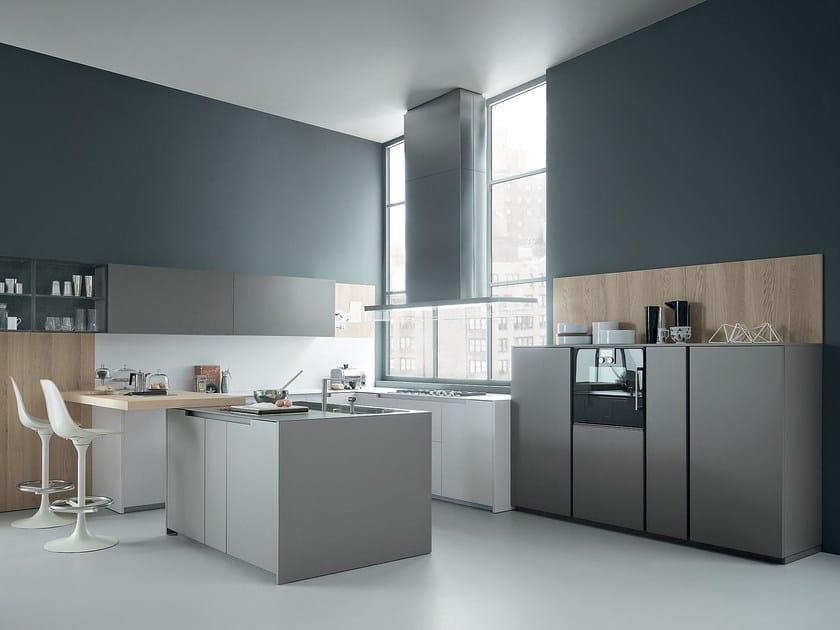 Oak kitchen with peninsula FIFTY | Composition 01 by Zampieri Cucine