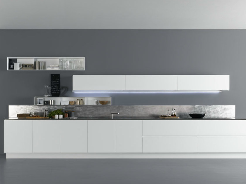 Lacquered wooden kitchen Y | Composition 02 by Zampieri Cucine