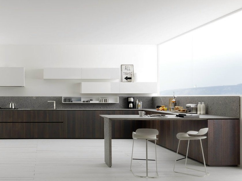 Lacquered oak kitchen Y | Composition 01 by Zampieri Cucine