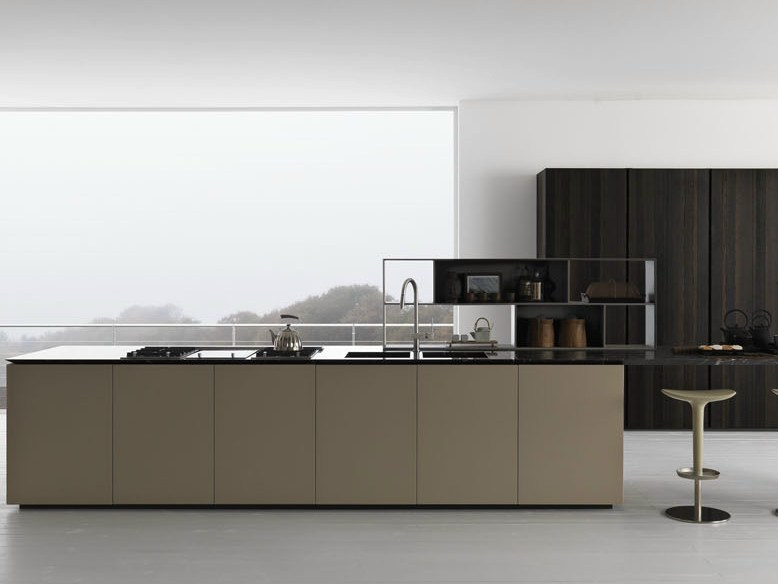 Oak kitchen with island Y | Composition 03 by Zampieri Cucine