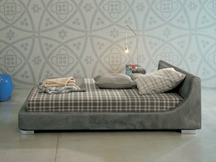 Fabric double bed JEUNE | Double bed by Twils