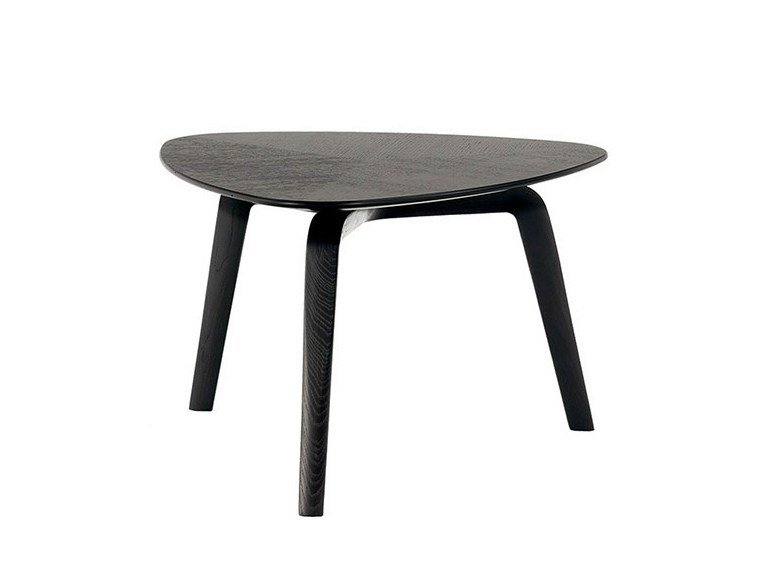 Triangular ash coffee table FIORILE | Triangular coffee table by Poltrona Frau