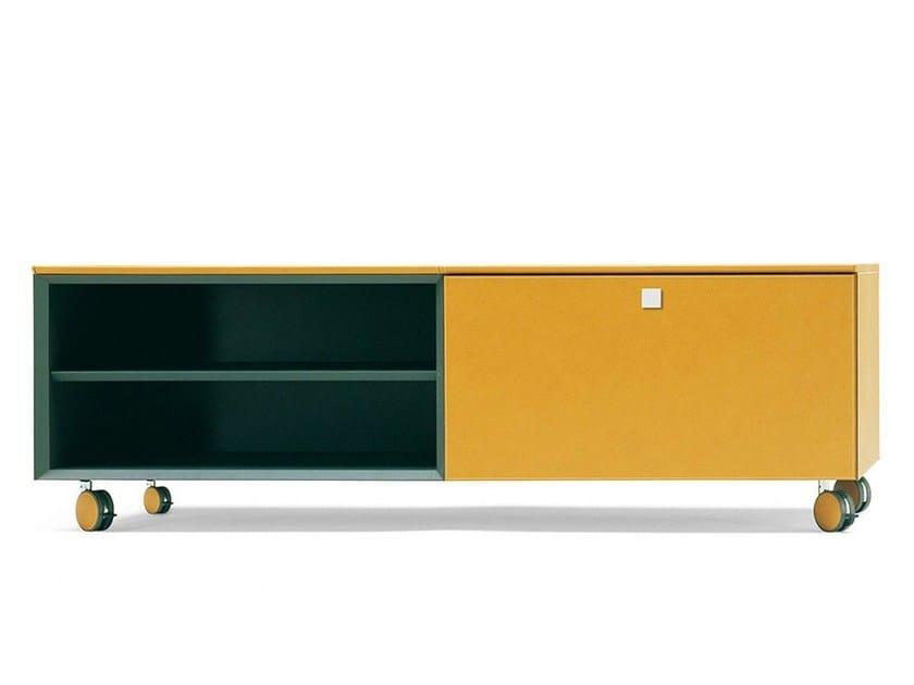 Sideboard PIÙ by Poltrona Frau