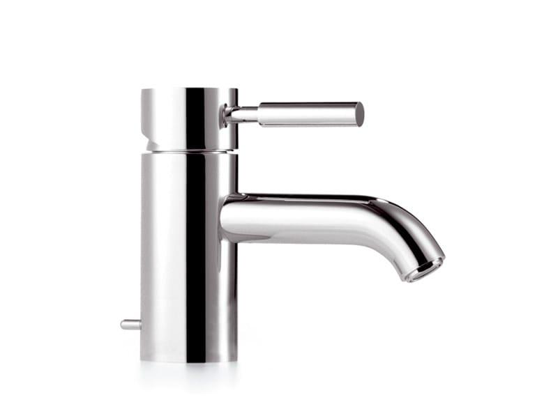 META.02   Miscelatore per lavabo monoforo