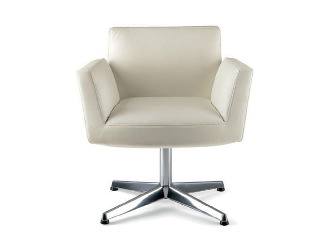 Swivel easy chair with 4-spoke base with armrests CHANCELLOR | Easy chair with 4-spoke base by Poltrona Frau