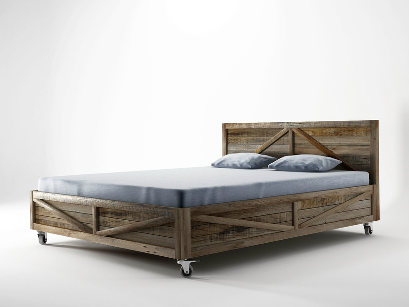 Reclaimed wood king size bed KRATE | King size bed by KARPENTER