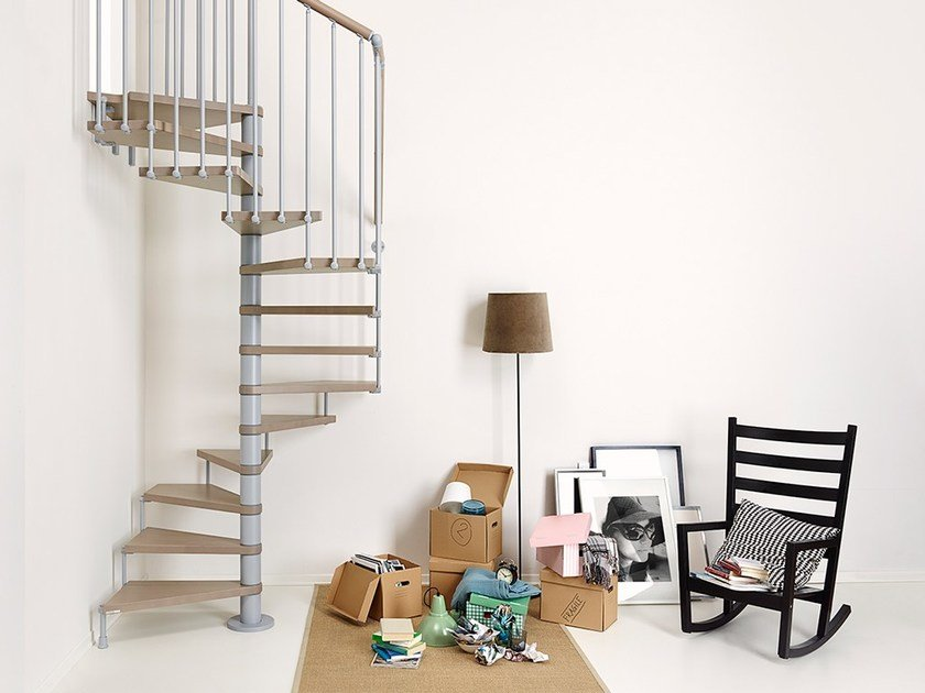Square steel and wood Spiral staircase in kit form PIXIMA CUBE by Fontanot