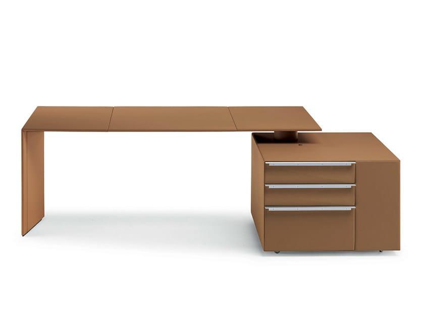 Office desk with shelves C.E.O. CUBE DESK | Office desk with shelves by Poltrona Frau
