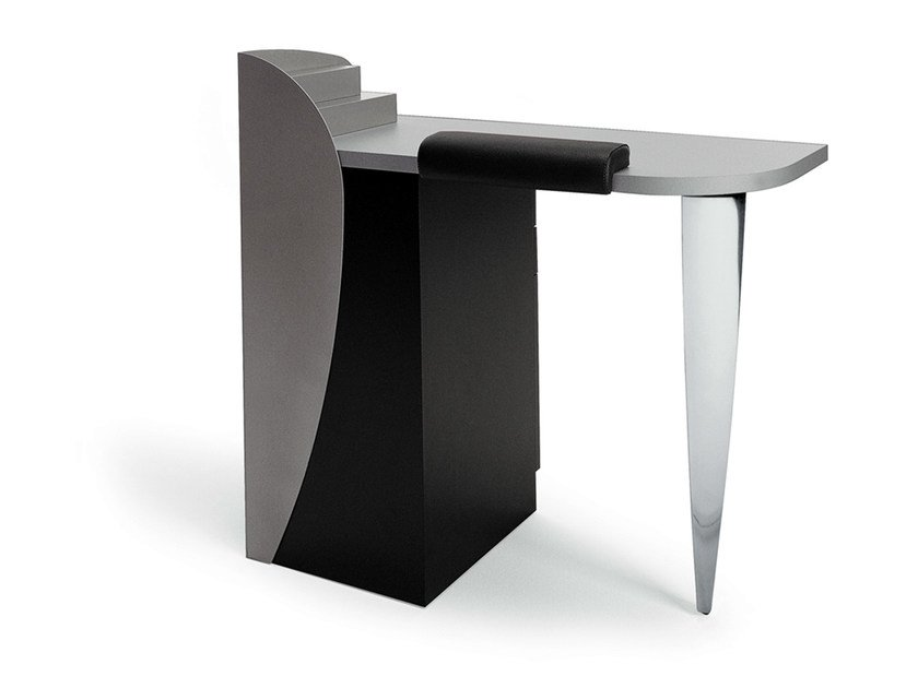 Manicure table ONGLET 1 by Gamma & Bross