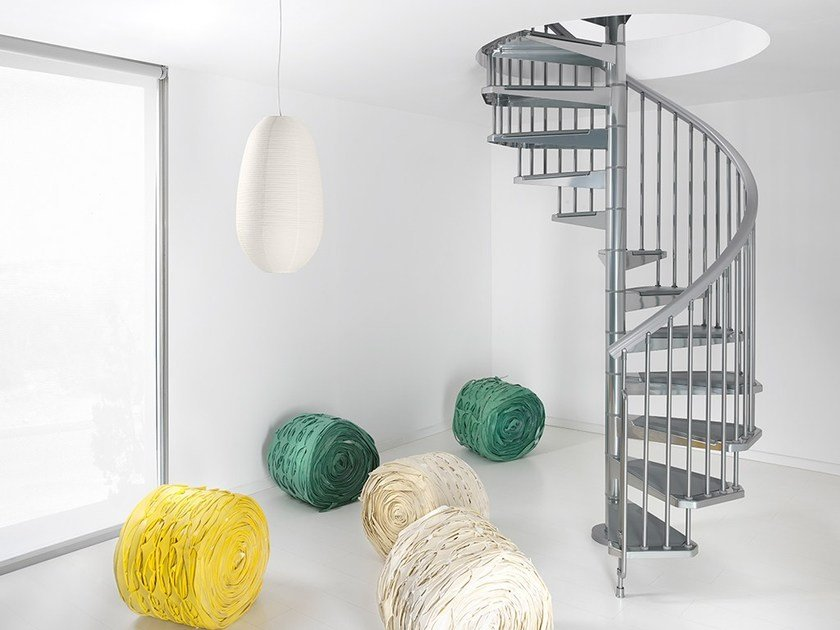 Steel Spiral staircase PIXIMA STEEL by Fontanot