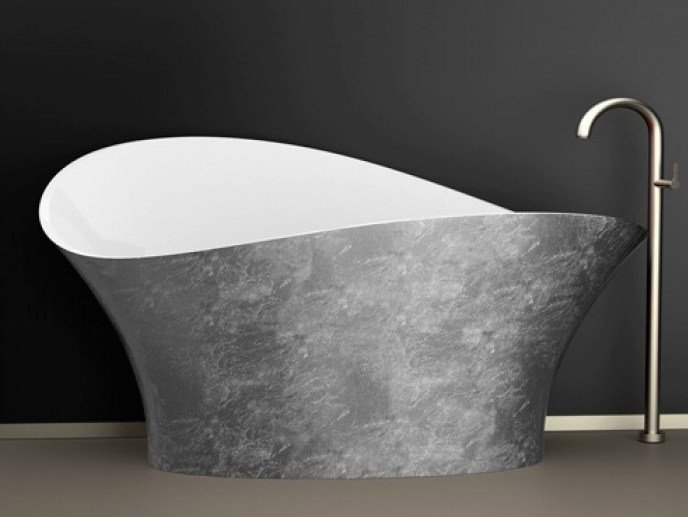 Freestanding silver leaf bathtub FLOWER STYLE SILVER by Glass Design
