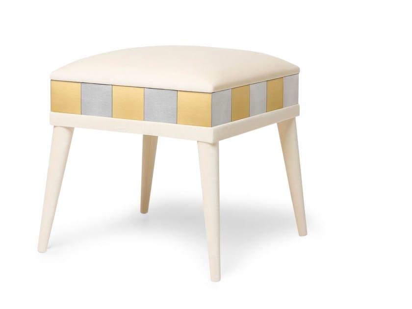 Upholstered velvet stool PEGGY by Munna