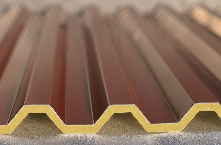 Insulated metal panel for roof ISOGREK H28 by ISOTECNICA