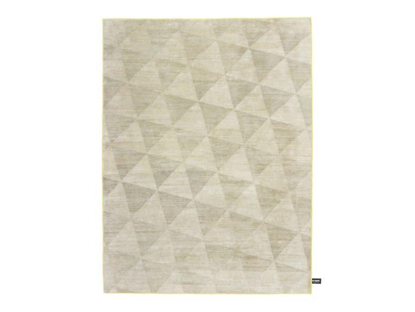 Handmade custom rug COATES PLACE by cc-tapis