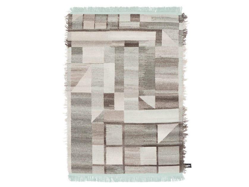 Handmade custom rug OLDIE ELEMENT by cc-tapis
