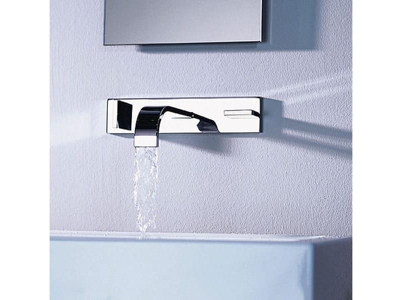 MEM | Rubinetto per lavabo a muro