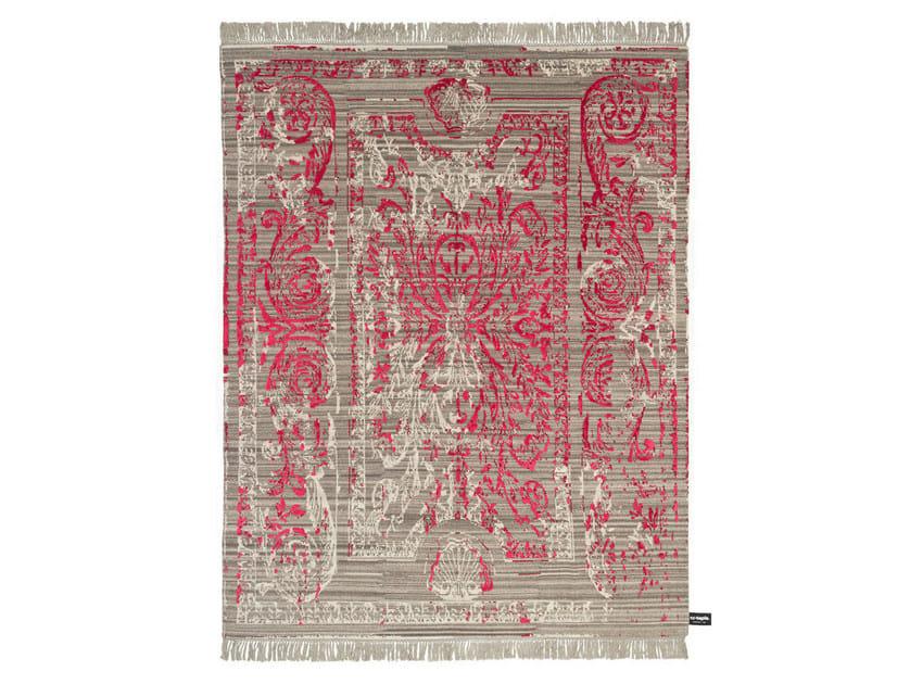 Handmade custom rug TRACES DE SAVONNERIE by cc-tapis