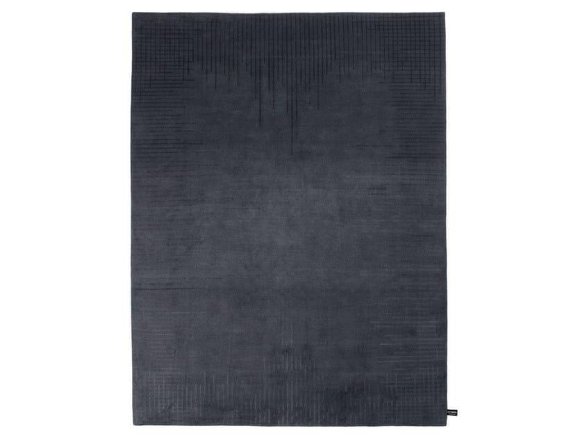 Handmade custom rug TRECENTOCINQUANTASEI by cc-tapis
