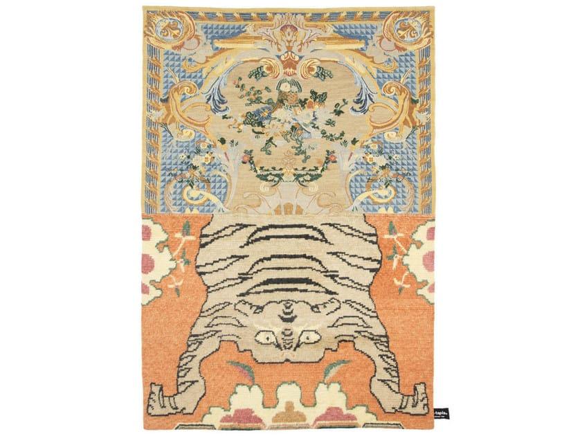 Handmade custom rug CROSS(ME)NOT A by cc-tapis