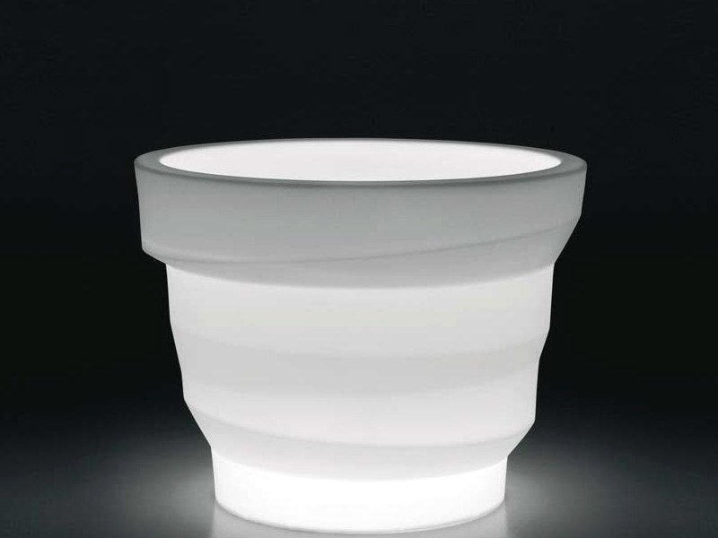 Polyethylene garden vase with Light REBELOT LIGHT by Plust