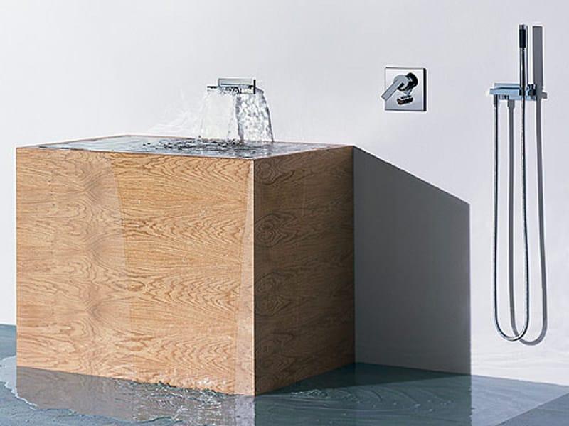 MEM   Bocca di erogazione per vasca
