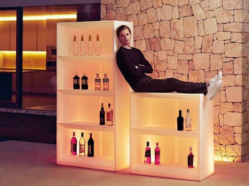 Illuminated outdoor bar counter VELA BAR by VONDOM