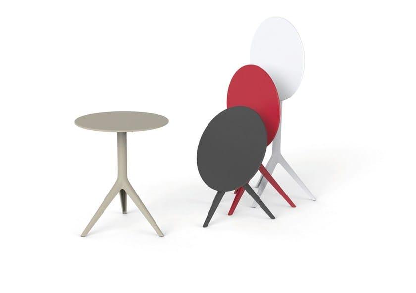 Folding round table MARI-SOL | Garden table by VONDOM