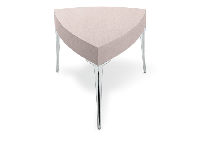 Low triangular bistro side table ACCRA TRI by Gamma & Bross