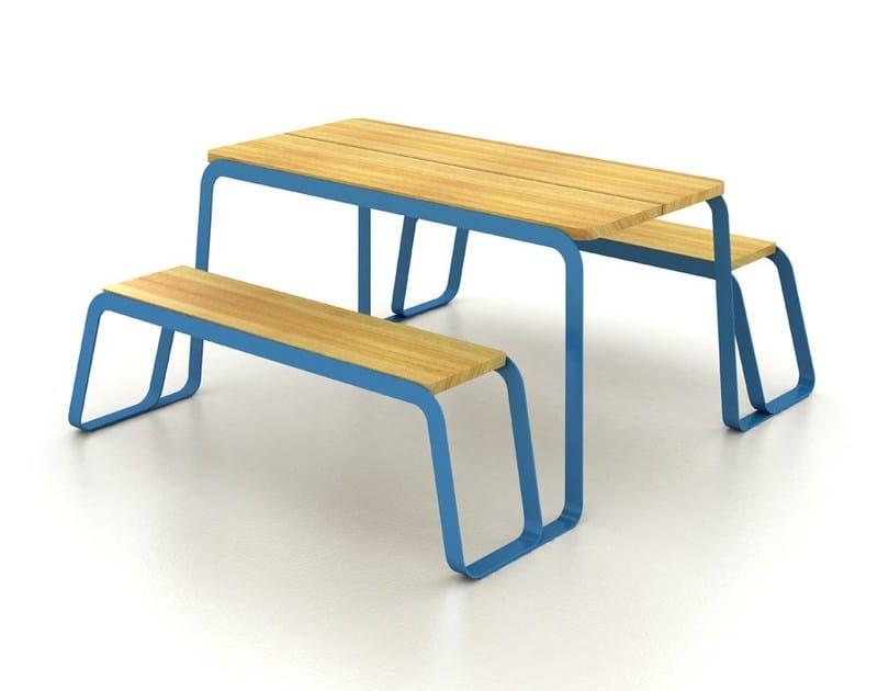 Tavolo da picnic con panchine integrate TAVOLEE by LAB23