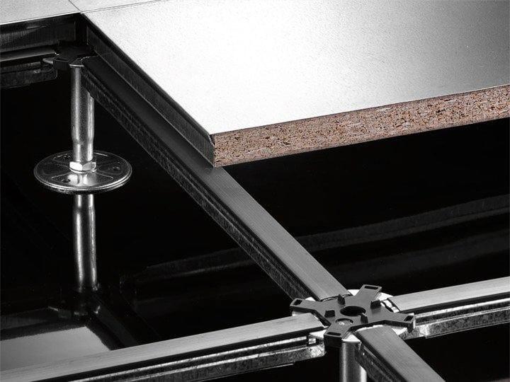 Pavimenti Galleggianti Spessori : Sistema modulare per pavimento sopraelevato
