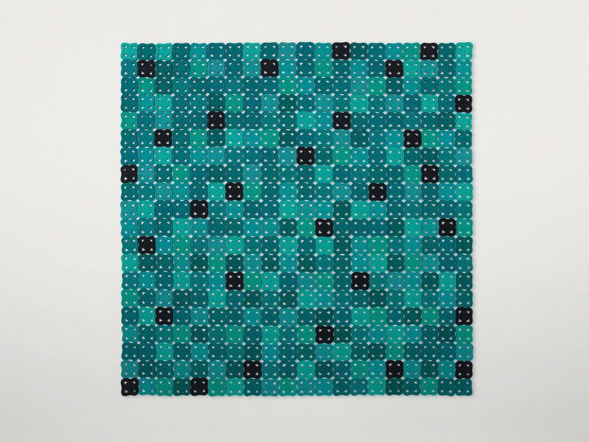 Handmade rug with geometric shapes BISANZIO by paola lenti