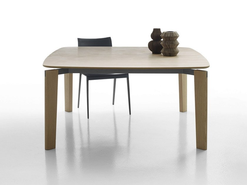 Square wooden table OSKAR | Wooden table by B&B Italia