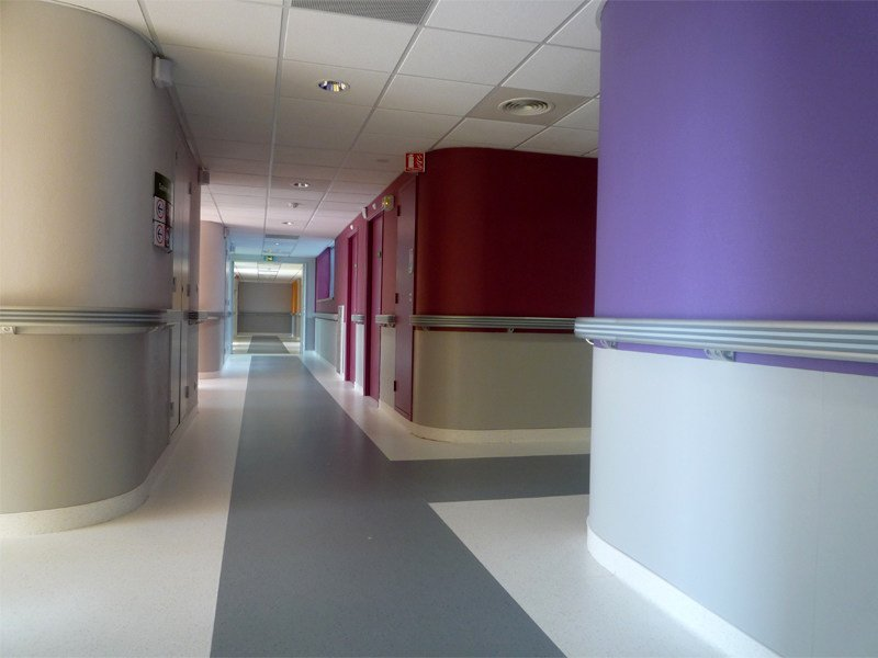 Handrail / Impact protection STARLINE by gerflor