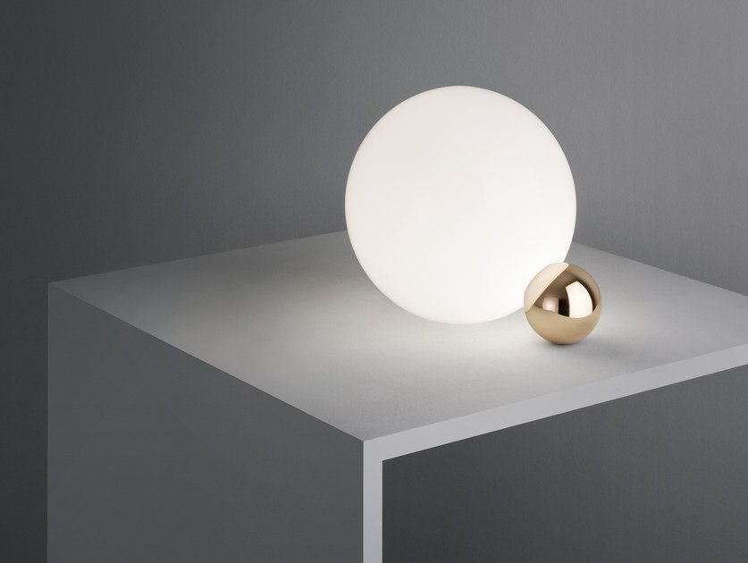Lampade Da Tavolo Flos : Lampada da tavolo a led a luce diretta in vetro copycat flos