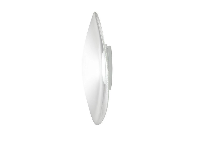 LED blown glass wall light LOOP | Wall light by Fabbian