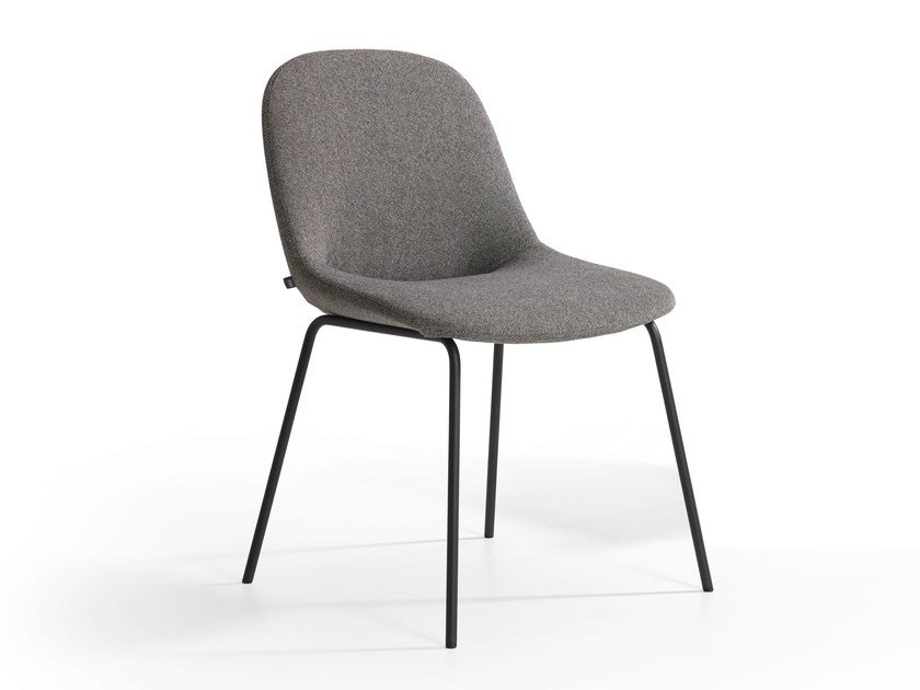 Upholstered chair BESO | Chair by Artifort