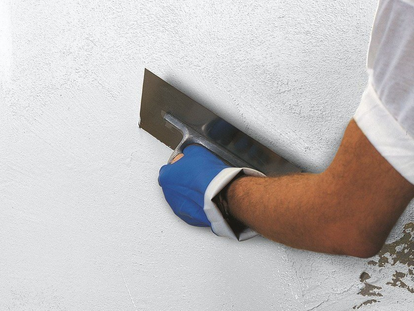 Protection for plasters ELASTOCOLOR TONACHINO PLUS by MAPEI