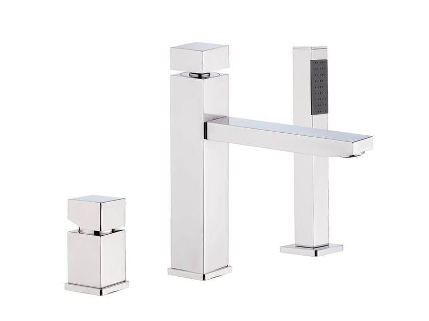 3 hole bathtub set with hand shower OXY   Bathtub set by Daniel Rubinetterie