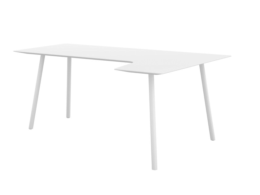 MDF writing desk MAARTEN | MDF writing desk by Viccarbe