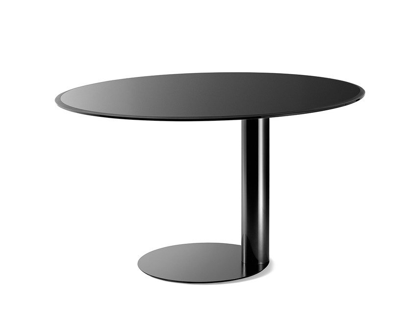 Lacquered round table OTO by Gallotti&Radice