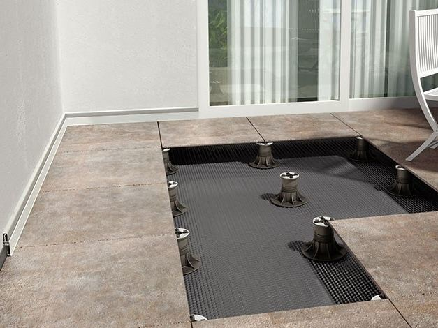 Modular system for raised flooring Easy stop by ETERNO IVICA