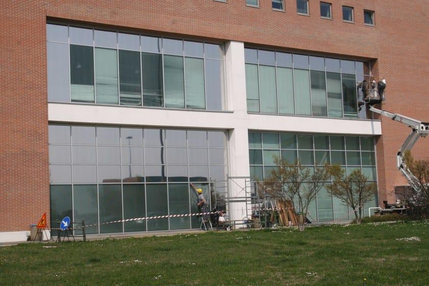 Pellicola per vetri a controllo solare