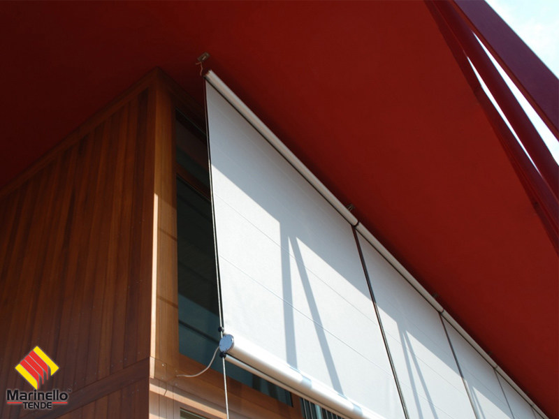 Box roller blind with guide system PADOVA by Marinello Tende