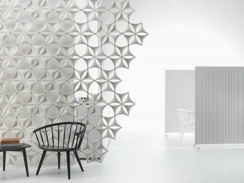 Sound absorbing workstation screen AIRFLAKE by Abstracta