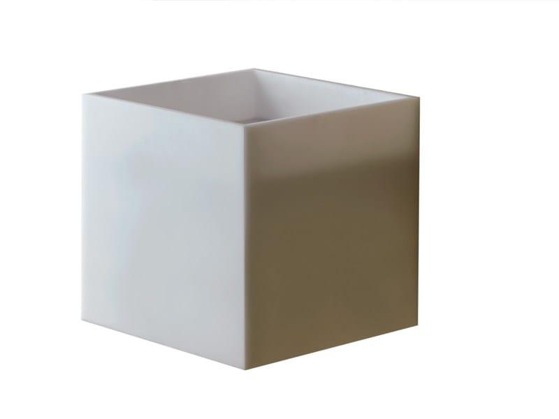 Square wall-mounted HI-MACS® handrinse basin CUBO | Wall-mounted handrinse basin by Ponte Giulio