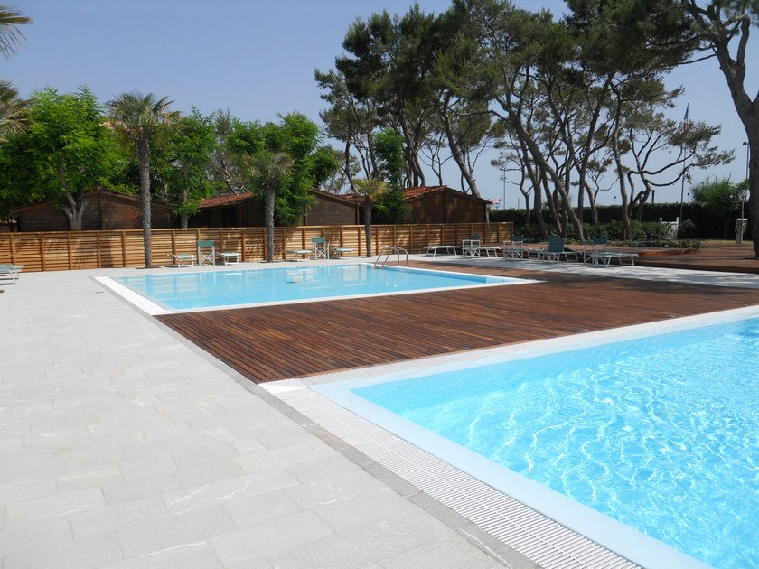 Decking in wood, PVC, and concrete IPE' by Ravaioli Legnami
