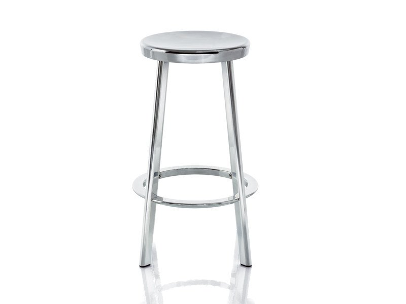 Aluminium stool with footrest DEJÀ-VU | Stool by Magis