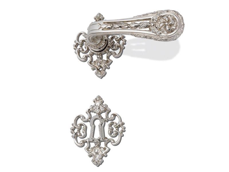 Louis XVI door handle on rose C05115 - SOFIA | Brass door handle by Enrico Cassina