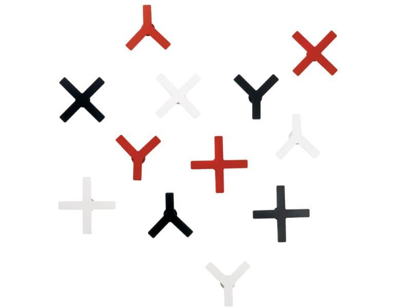 Wall-mounted steel coat rack X-Y by Schönbuch